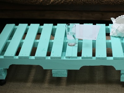 SHIPPING PALLET. SKID COFFEE TABLE