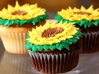 How to Decorate Mother's Day Cupcakes | Cupcake Tutorials