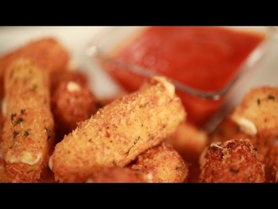 How to Make T.G.I. Fridays Mozzarella Sticks at Home