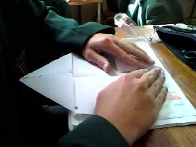 How to make a paper clapper
