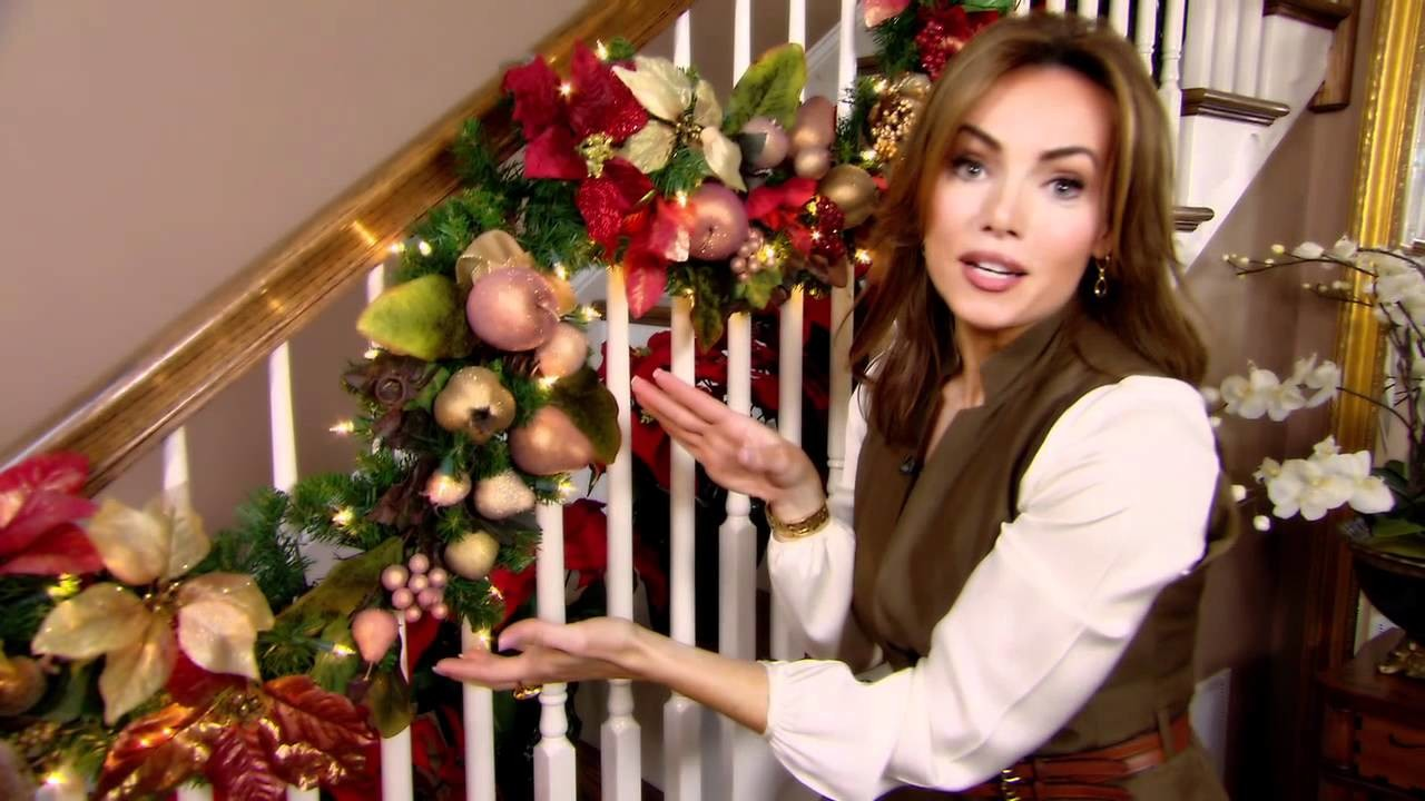 How to Decorate for Christmas with Garland - Tip from Lisa Robertson
