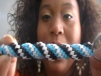 How to do the twist stitch