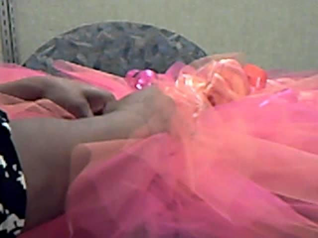 """HIPPY Helps"" How To Embellish A TuTu"