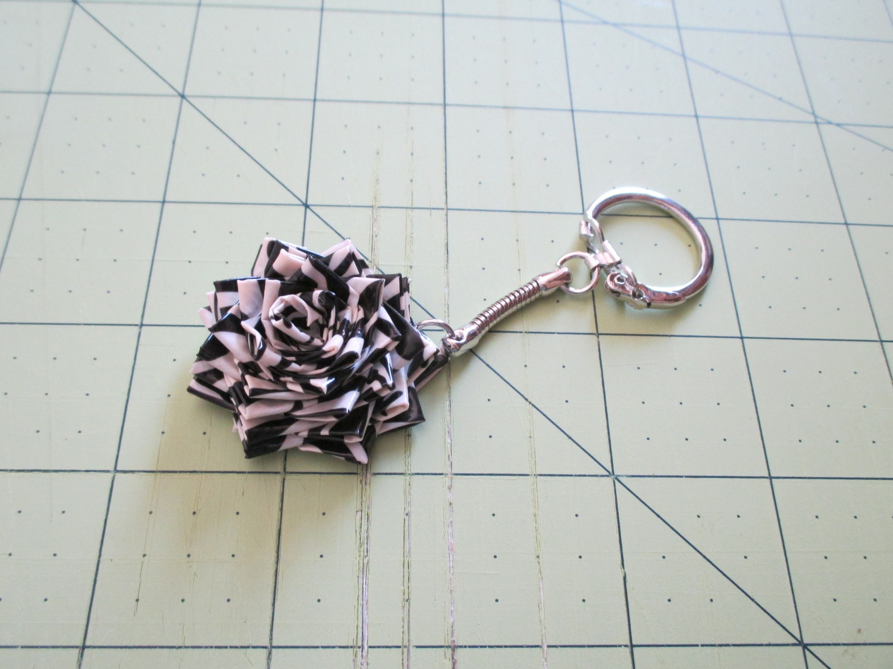 How to make a duct tape mini flower key chain!