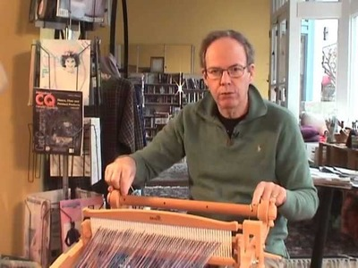 Warping the Harp, your rigid heddle loom from Kromski - using warp sticks