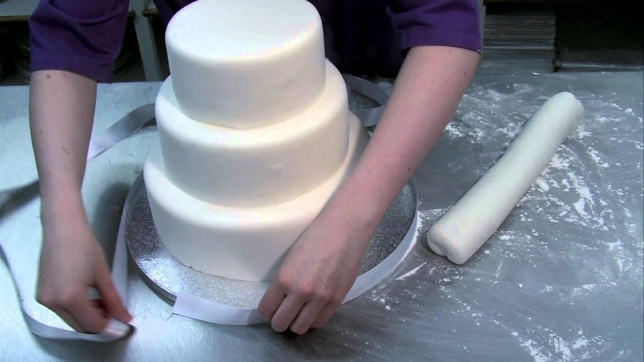 Beautiful easy to make Wedding Cake