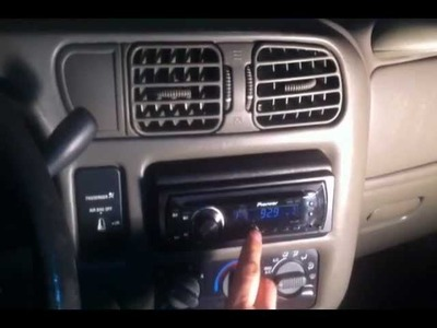 I STEAL A TRUCK INSTALL A NEW STEREO & GIVE IT BACK!!