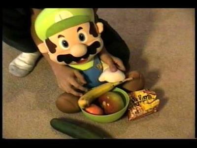 Super Mario kid video 016: El Luigi's Cooking show!