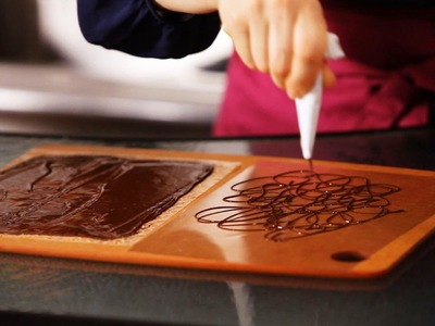 3 Ways to Make Chocolate Decorations   Cake Decorating