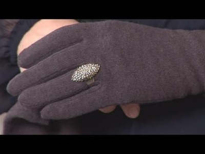 How To Do Fashion With Winter Gloves