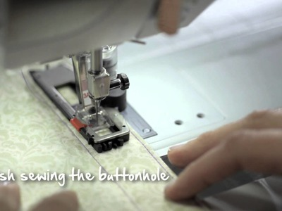 4.10 BERNINA 530 and 550 QE: how to sew a buttonhole