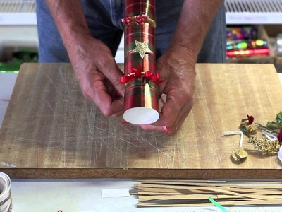 How to Decorate your Christmas Cracker by Olde English Crackers