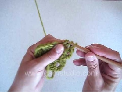 DROPS Crochet Tutorial: How to crochet granny squares