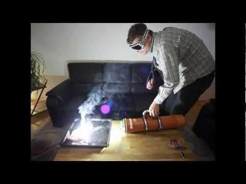 Brightest flashlight in the world_20000 lumen