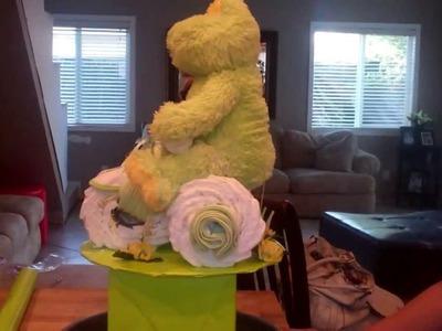 Froggy bike diaper cake 002