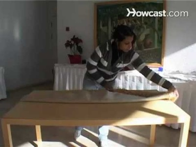 How to Fold a Round Tablecloth