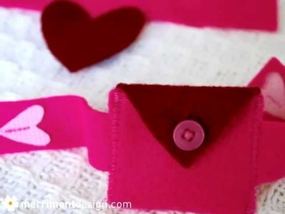 How to make felt heart pocket bracelet for kids for Valentine's Day