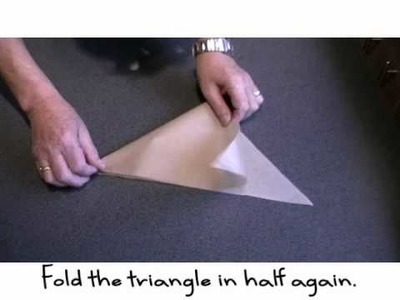 Making a paper piping bag