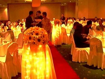 Sunflower Theme Wedding Decorations by Dreamwork Productions ( soong.yumiko@gmail.com )