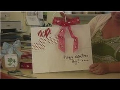 Gift Wrapping Tips : Decorating Your Own Gift Bags