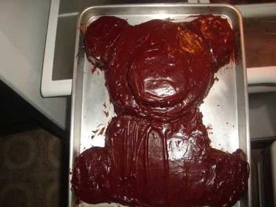 How to make a bear cake