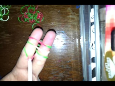 No loom!- just fingers CANDY CANE