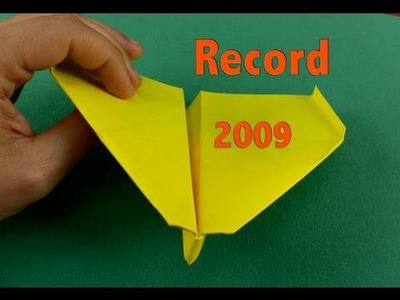 Aereo di carta record 2009 Paper Airplane Guinness Record-Other Angle(Takuo Toda)