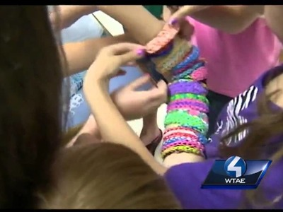 Rainbow Loom toy sweeps the nation