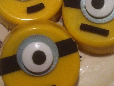 How To Make Cute Minion Chocolate Covered Oreos - DIY Food & Drinks Tutorial - Guidecentral