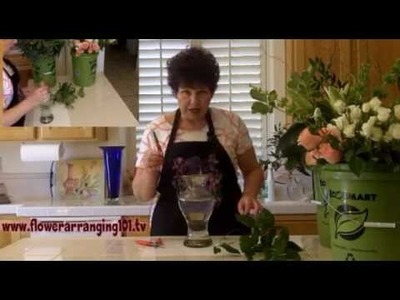 Flower Arranging - learn how to arrange a doz roses in vase