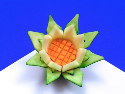 How to Make a Lotus Flower with a Zucchini (HD)