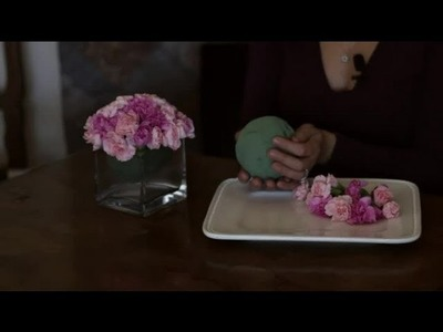 How to Arrange a Large Wedding Ball Flower Arrangement in a Container : Wedding Decor