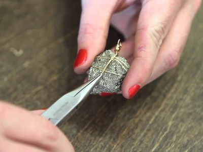 How to Tighten a Wire Wrapping