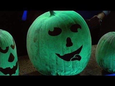 Glowing Pumpkins - Cool Halloween Science