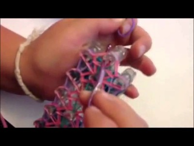How to make a Spider Rainbow Loom Bracelet