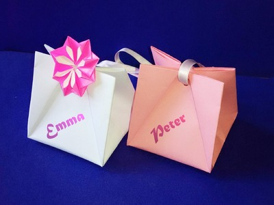 Gift Bag with Handles.  Easy to do.  Gift Wrap Ideas .