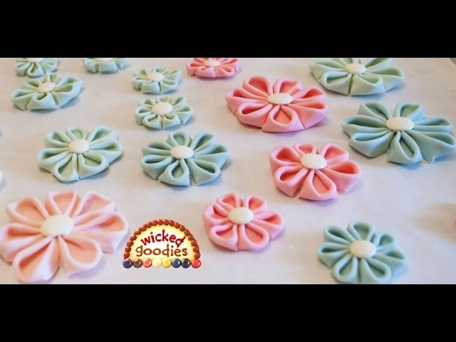 Modeling Chocolate Kanzashi Flowers