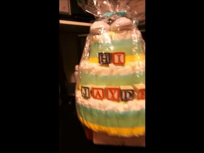 DIY: Diaper Cake Baby Shower Gift Idea