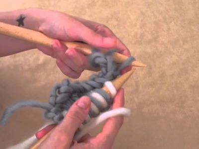 How to knit bicolor moss stitch in wool | We Are Knitters