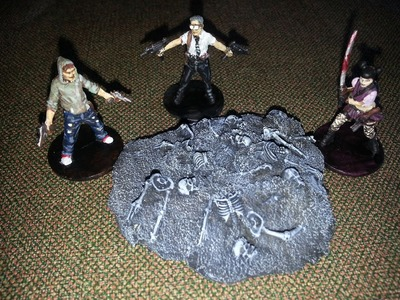 The DM's Craft incinerated plague victim piles (Zombiepocalypse Edition, Ep2)