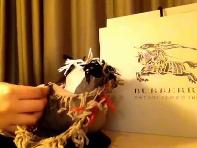 Burberry 100% wool scarf unboxing