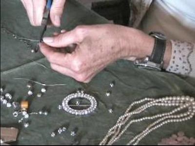 How to Refurbish Vintage Jewelry : How to Wire Wrap Refurbished Jewelry