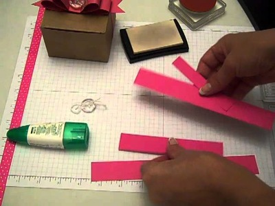 Paper Bow with Kraft Box