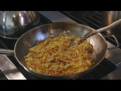 How to Cook Caramelized Onions — Mother Earth Living