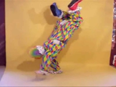 HALLOWEEN COSTUME  - CLOWNING AROUND - WALKING ILLUSION