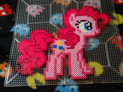~ MLP Pinkie Pie ~ Perler Bead Stop Motion ~