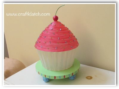 DIY Colossal Cupcake Lamp How To