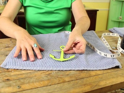 How to Decorate Hand Towels : Recycled Crafts & Decor