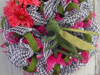Spring Basket Weave Wreath with Grasshopper Tutorial