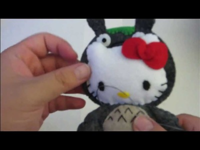 Tutorial: Hello Kitty in Totoro costume (Felt Plush)